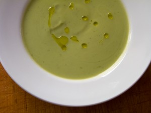 Easy Paleo Broccoli Soup | Paleo & Gluten Free