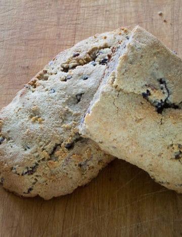 Gluten-Free Pecan Raisin Bread
