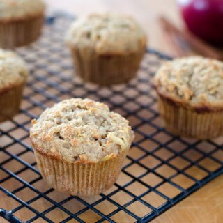 apple-paleo-muffin680x450