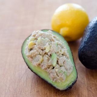 10 Easy Paleo Snacks