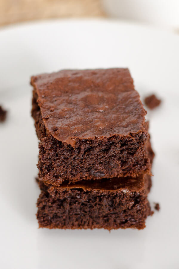 Easy Paleo Brownies to satisfy your chocolate craving. Make in a food processor — no bowls needed — and they are in the oven in 5 minutes. | cookeatpaleo.com