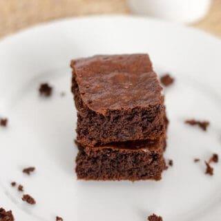 10 Paleo Chocolate Recipes Made with Cacao Powder