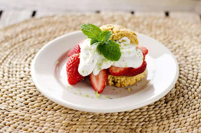 Strawberry Shortcake with Lime Coconut Cream | Paleo Recipes for Spring