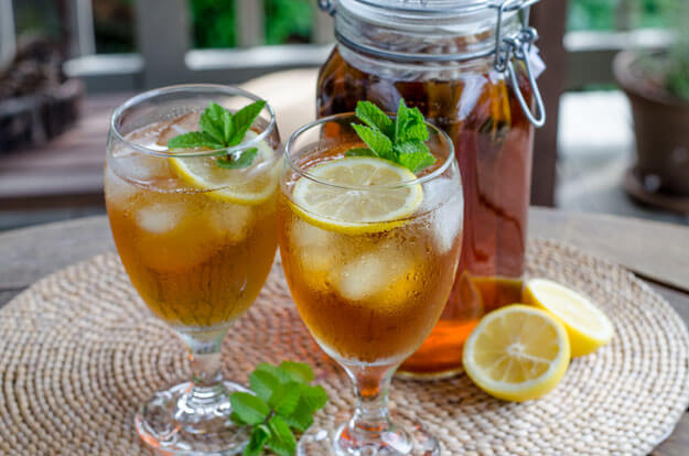 Iced Tea with Lemon and Mint - Paleo Labor Day Barbecue Recipes | cookeatpaleo.com