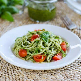zucchini-pasta-pesto-spiralizer-recipe-680x680