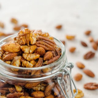 chili-spiced-mixed-nuts680x450