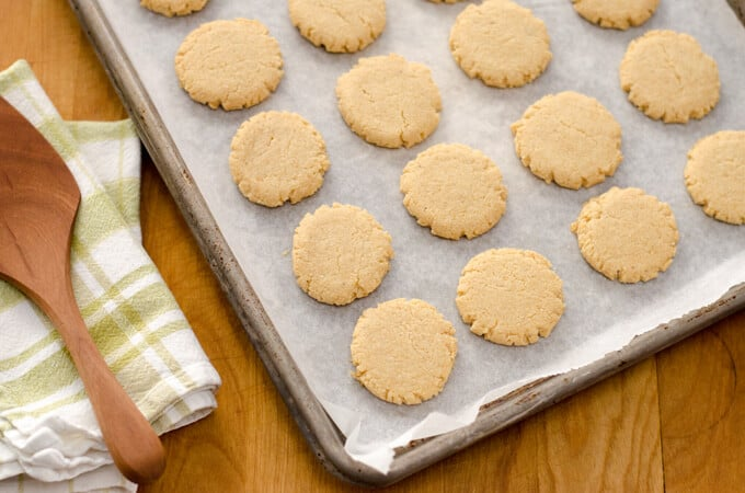 Paleo Hazelnut Cookies | Cook Eat Paleo