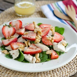 chicken-salad-spinach-strawberries680x450-3