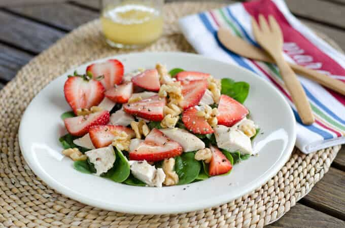 Chicken Salad with Spinach and Strawberries