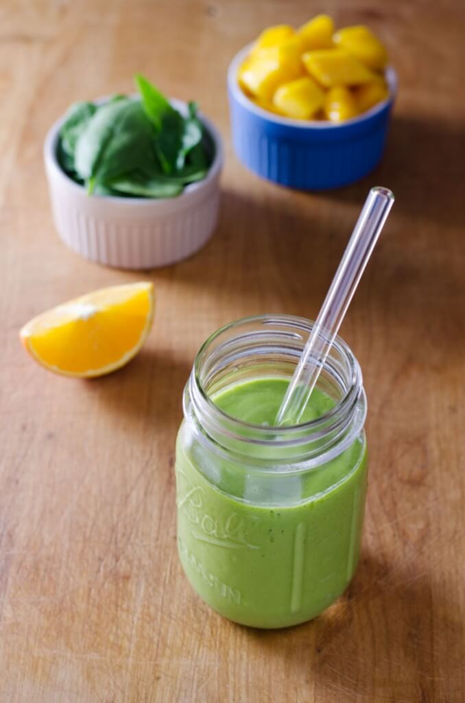 mango green smoothie - cook eat paleo