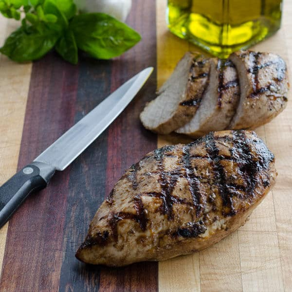 Italian dressing grilled chicken breasts - an easy marinated grilled chicken recipe that's quick enough for a weeknight dinner. It's gluten-free and paleo. | cookeatpaleo.com