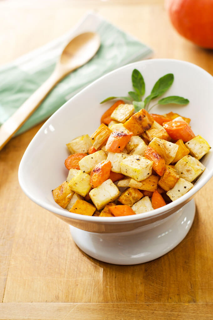 Easy Roasted Root Vegetables - this simple roasted root vegetables recipe is an easy Thanksgiving side for people on different diets. It's gluten, grain, and dairy-free, paleo and vegan!