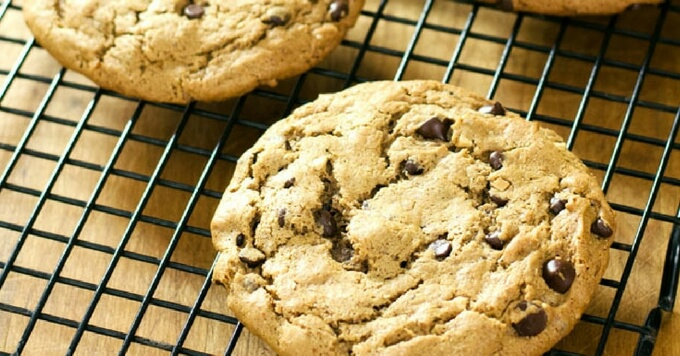 Easy Almond Butter Chocolate Chip Cookies | Gluten Free Paleo Recipe