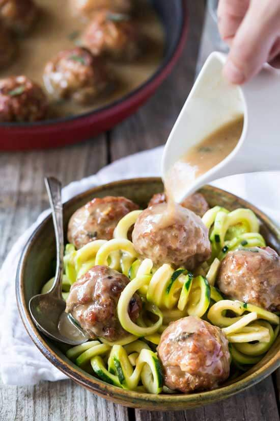 Paleo Meatballs with Gravy | Spiralized Zucchini Pasta and Veggie Noodle Recipes