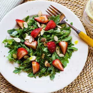 Arugula strawberry salad