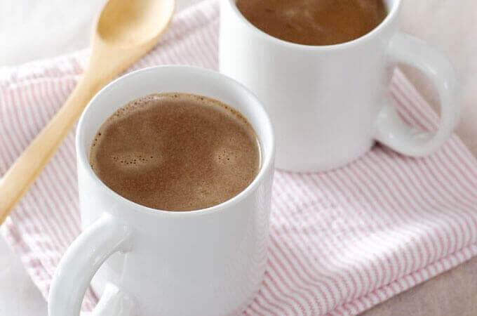 Paleo Peppermint Hot Chocolate