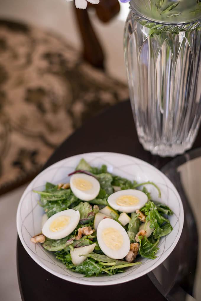 Walnut Pear Bacon Salad with Pear Dressing