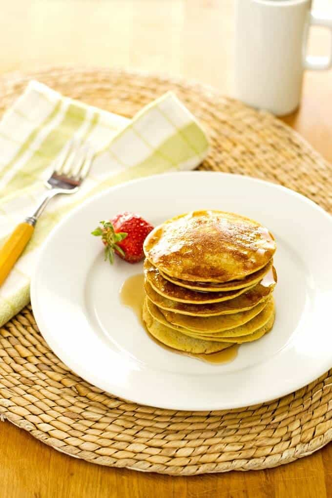 Healthy banana pancakes with coconut flour