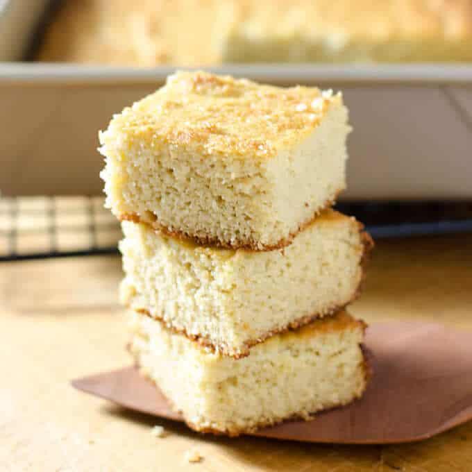 Paleo Gluten Free Cornbread Recipe - an easy gluten-free cornbread that's paleo, grain-free, and refined sugar-free. | Cook Eat Paleo