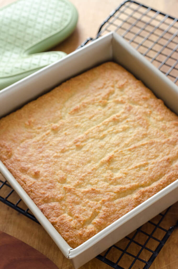 Paleo Gluten Free Cornbread Recipe - easy gluten-free cornbread recipe that's paleo, grain-free, and refined sugar-free. | Cook Eat Paleo