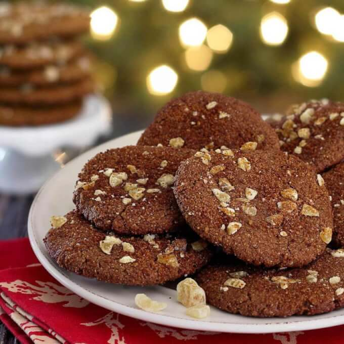 Holiday Ginger Snap Cookies – Paleo Newbie | Christmas cookies | vegan | paleo | gluten free | dairy free