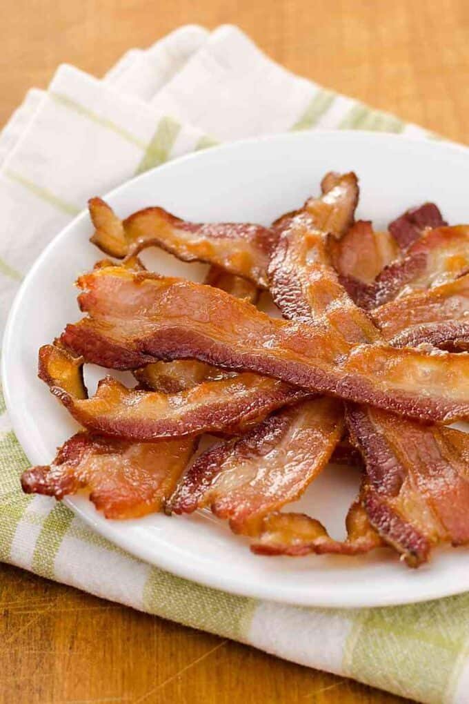 How To Cook Bacon In The Oven - the easiest way to make bacon!