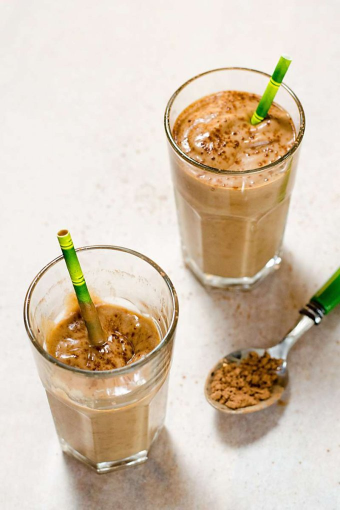 Healthy Avocado Smoothie with Cacao and Collagen {paleo, gluten-free, dairy-free}