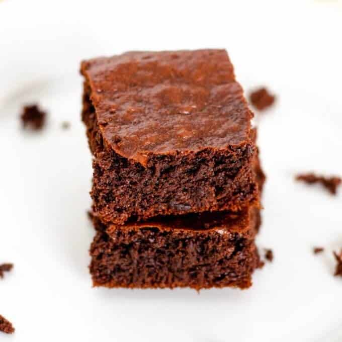 flourless brownies made with cacao and almond butter