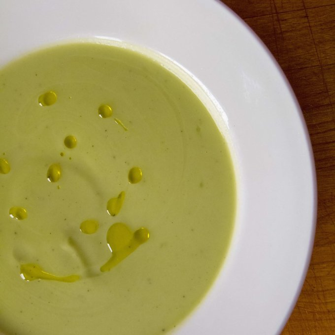 easy broccoli soup - cook eat paleo