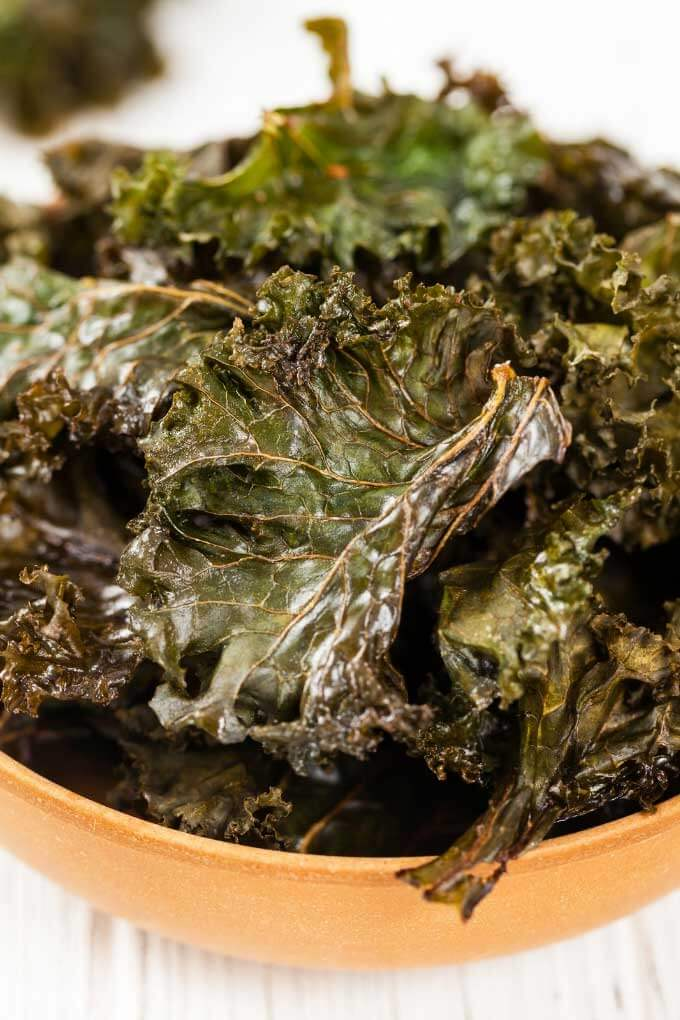 Keto air fryer recipes - kale chips