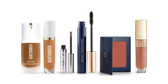 Flawless in Five: Lip Gloss, Concealer Pen, Skin Twin Foundation, Brow Gel, Mascara, Blush